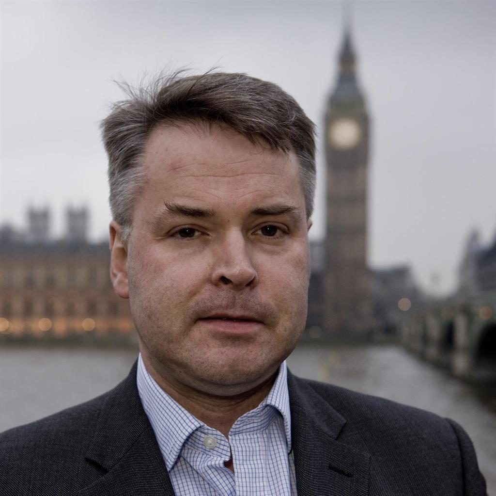 Super-soaker: Tim Loughton spends an hour in the bath every morning practising mindfulness