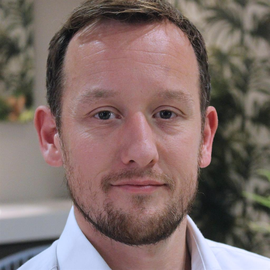 House Doctor Bathroom Guru Dan Cook On Tiles Technology And Statement Taps Metro Newspaper Uk