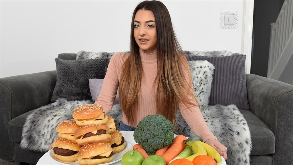 Burger addict girl, 16, cured by hypnotism - Metro ...