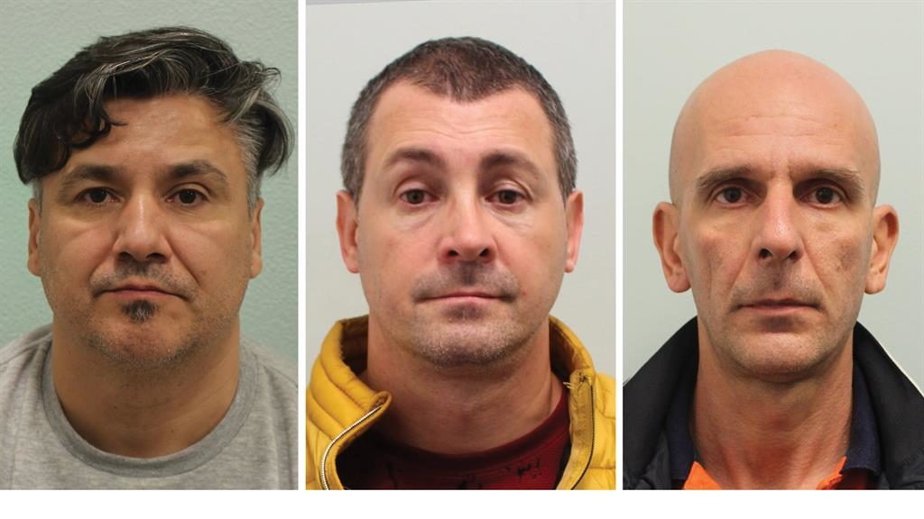 Accomplice: Nicolae Sisca; Extradited: Sorin Munteanu; Kept watch: Florin-Cristin Neagu PICTURES: MET POLICE