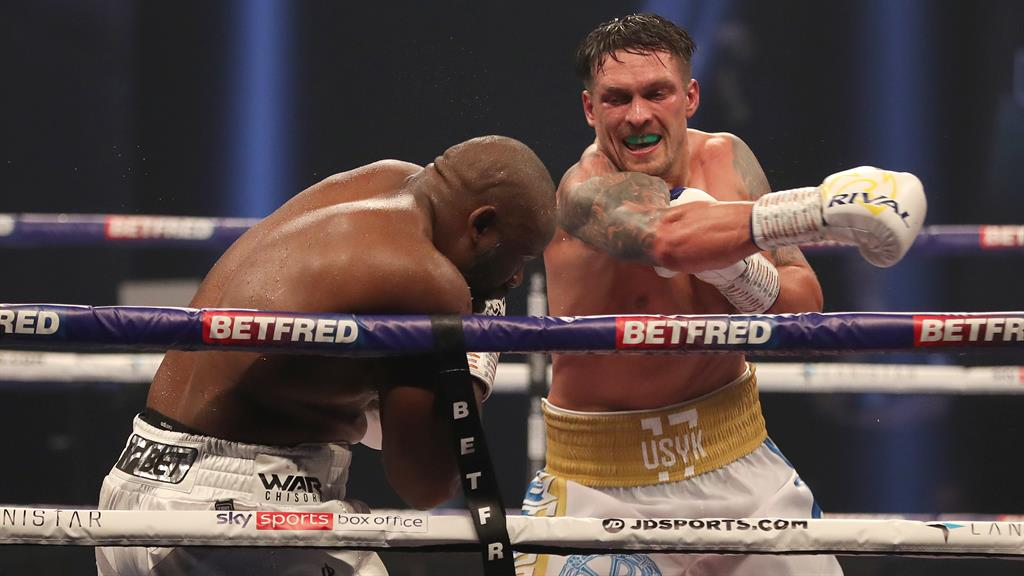 Oleksandr the great: Usyk swings a right at Chisora
