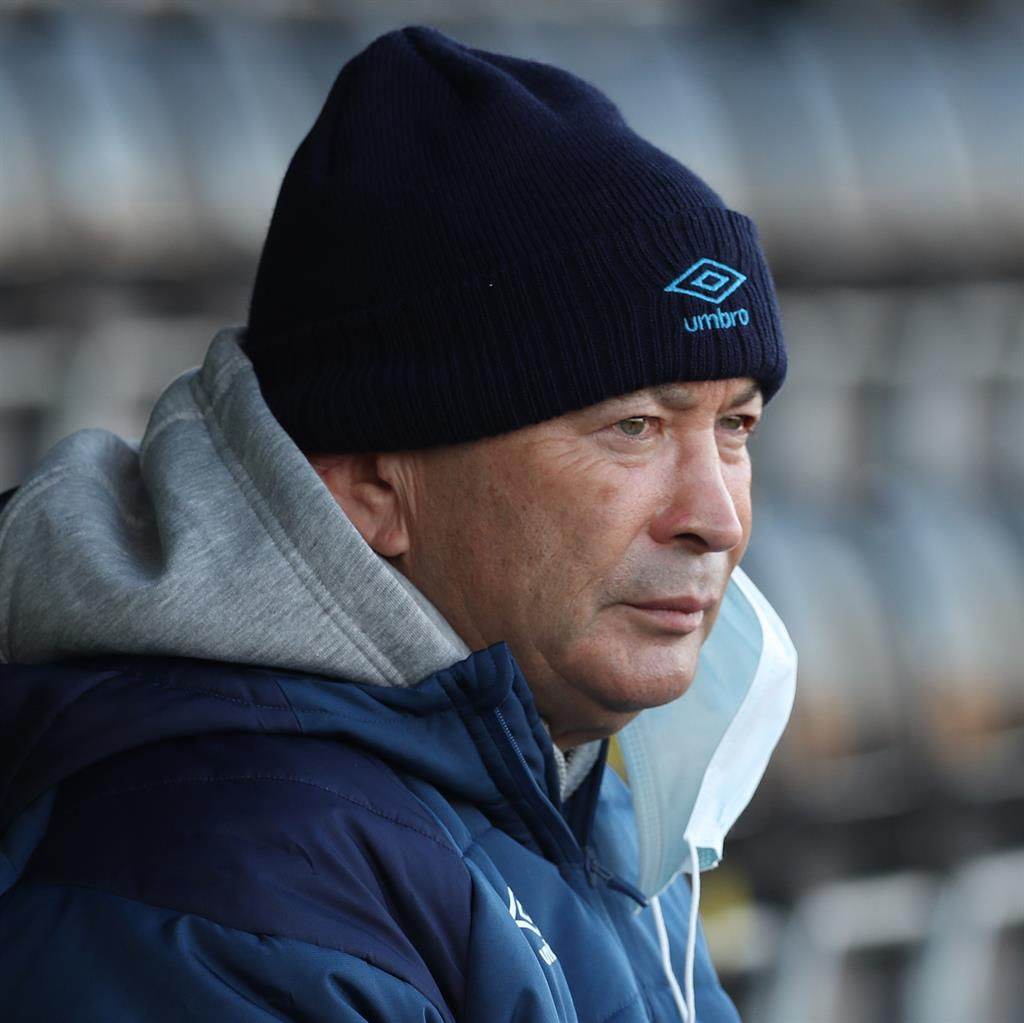 Eddie Jones forced into self-isolation after positive test result
