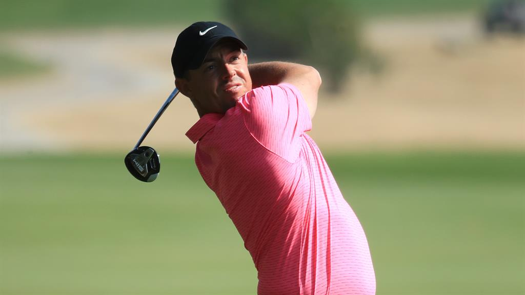 McIlroy takes one-shot lead in Abu Dhabi round one